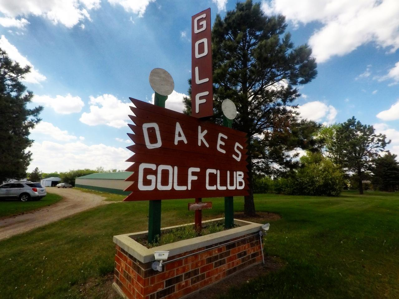 Oakes Golf Club